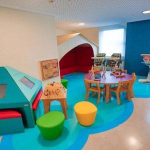 Училища и детски градини